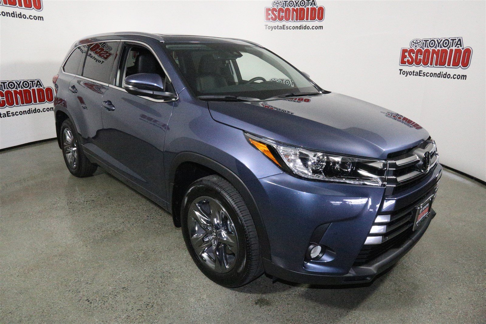new 2017 toyota highlander limited platinum sport utility in escondido hs444634 toyota escondido. Black Bedroom Furniture Sets. Home Design Ideas