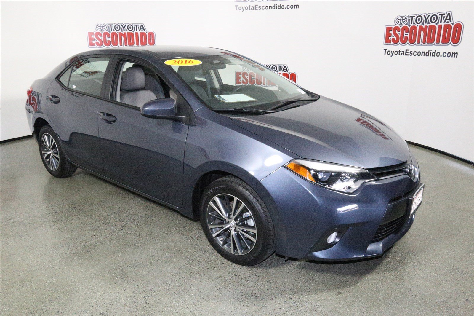 certified pre owned 2016 toyota corolla le plus 4dr car in escondido 59353 toyota of escondido. Black Bedroom Furniture Sets. Home Design Ideas